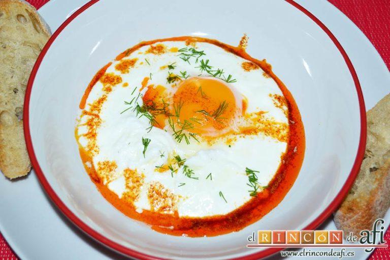 Huevos turcos, sugerencia de presentación
