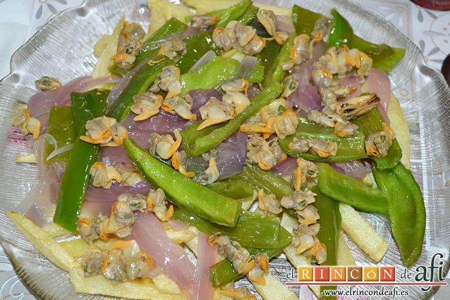 Papas fritas con berberechos de Agaete