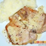 Chuletas de cerdo con salsa de mostaza antigua