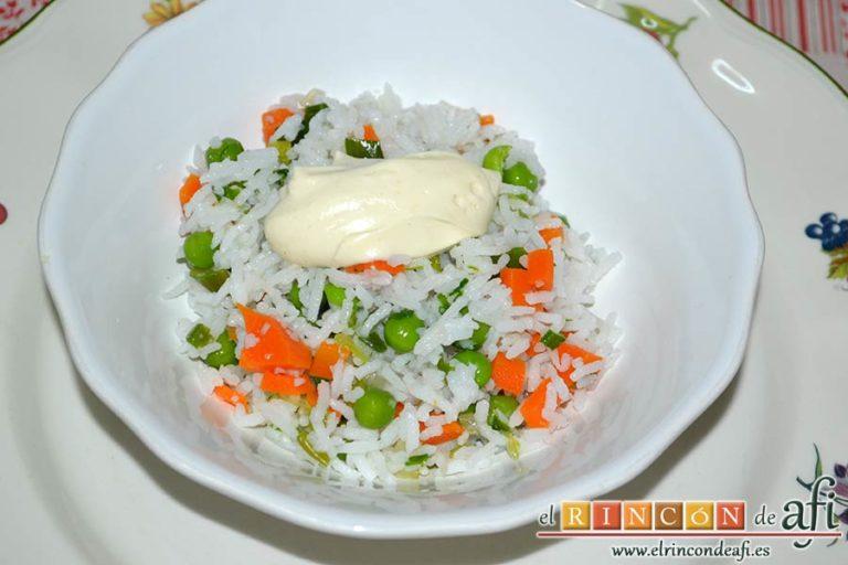 Ensalada de arroz con verduras, sugerencia de presentación