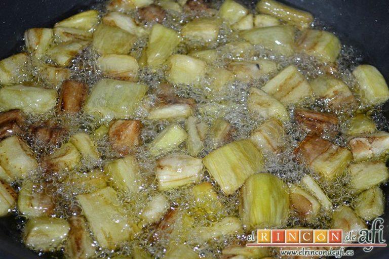 Pisto de verduras a la turca, freír hasta que esté crujiente