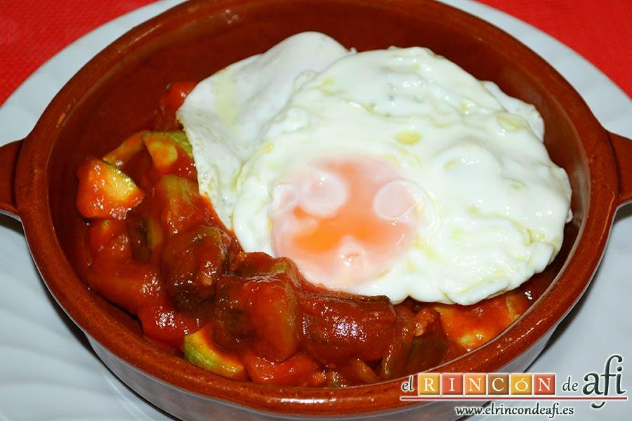Pisto de verduras a la turca, acompañar con huevo frito