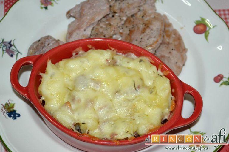 Papas, tomillo, jamón y queso, sugerencia de presentación