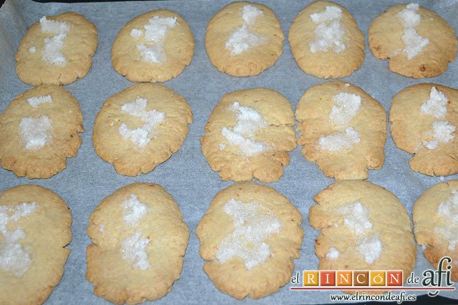Pastas de almendra de Robledo del Mazo, hornear