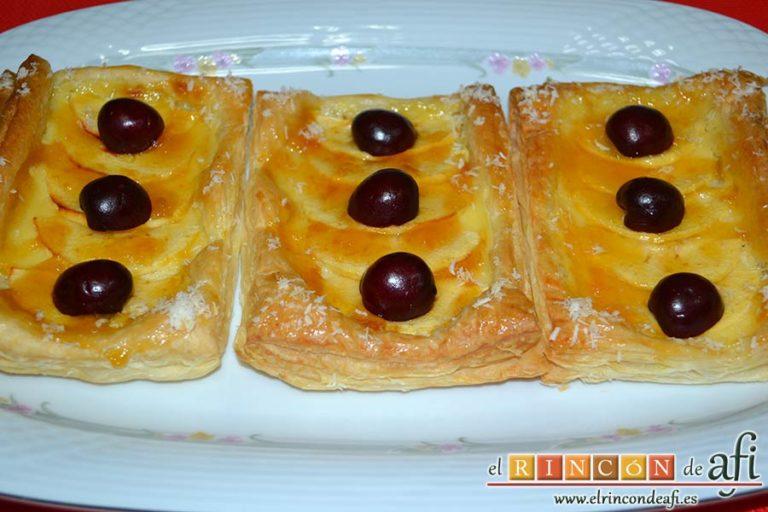 Pasteles de manzana y crema pastelera, sugerencia de presentación