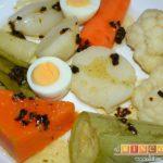 Cocido vegetal con escabeche de tomate seco