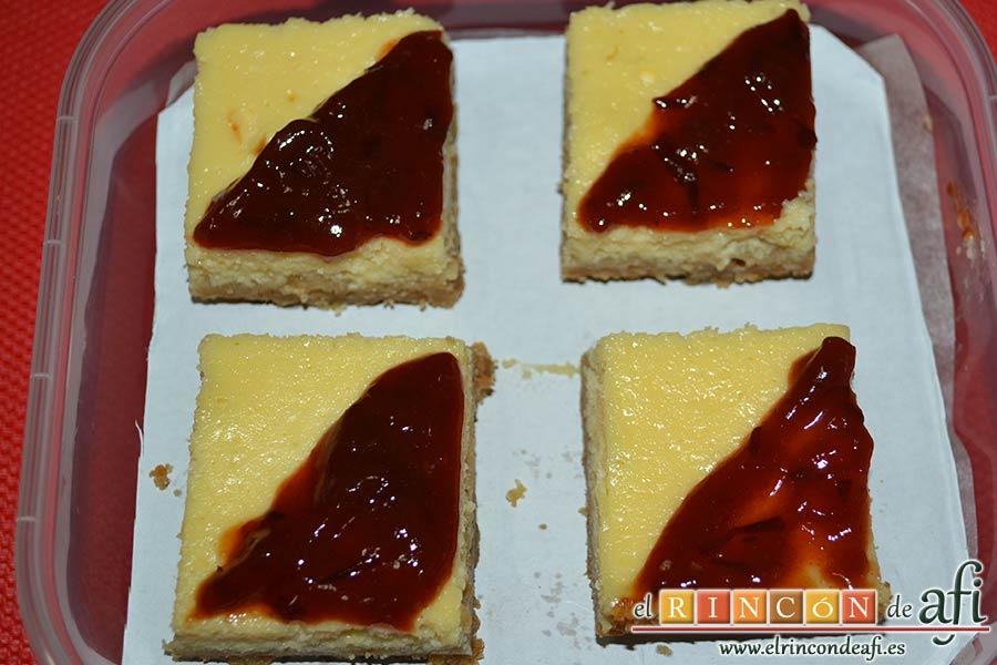 Cuadrados de tarta de queso, sugerencia de presentación