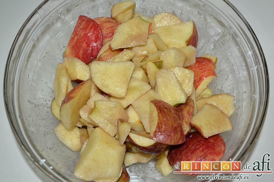Kuchen de manzana, añadir zumo de limón para que no se oxiden