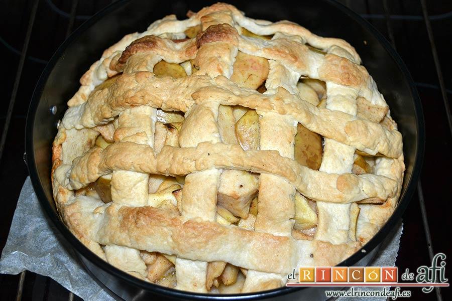 Kuchen de manzana, hornear