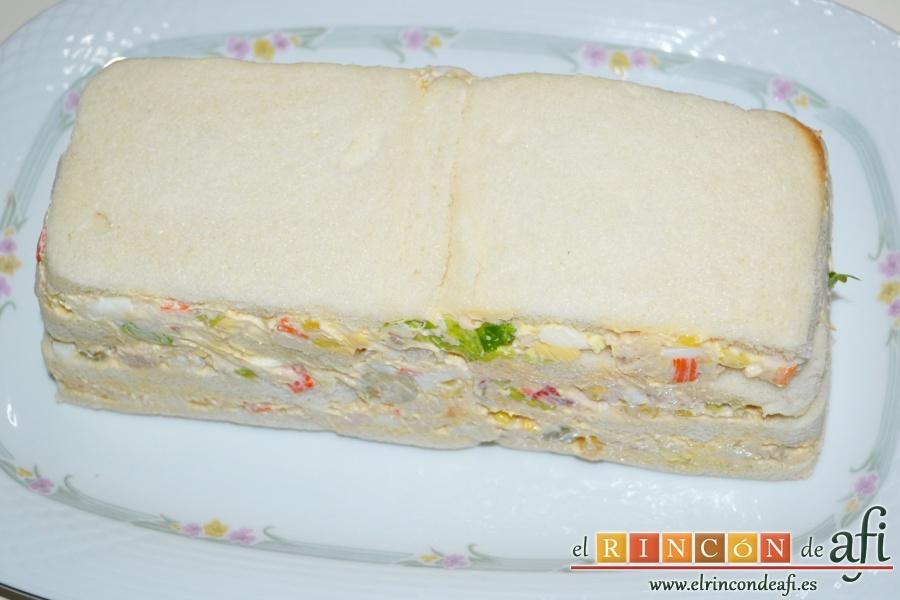 Pastel de pan de molde, refrigerar y desmoldar